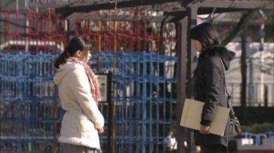 まっすぐな男深田恭子貫地谷しほり結構大きさが違う.jpg