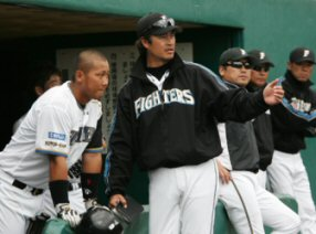 大村コーチ画像.jpg