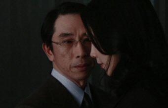 泣かないと決めた日段田安則木村佳乃.jpg